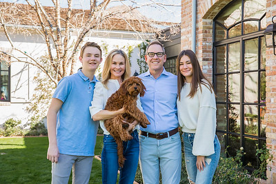 Frontdoors Magazine - March 2020, Sam Fox & family