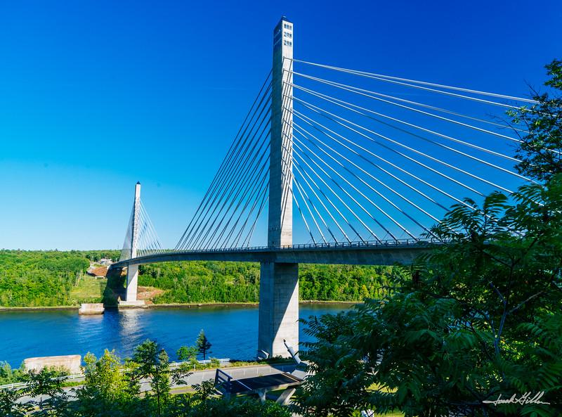 An masterful designed bridge