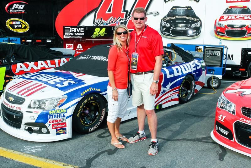 NASCAR_Lowes_129.jpg