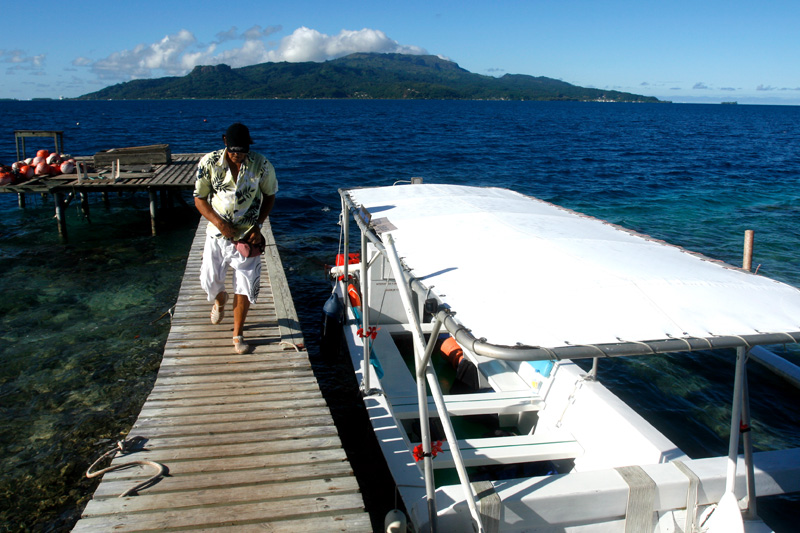 Bruno on the dock at the pearl farm on Tahaa.  It was a great day on his tour.  www.tahaa.net