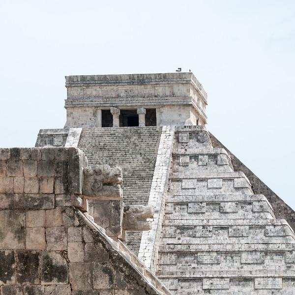Chichén Itzá  - Platform of Venus and El Castillo