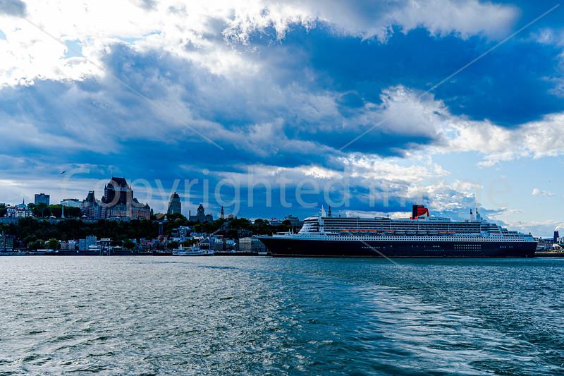 2975 Quebec-Queen Mary 2 rev1crp1.jpg