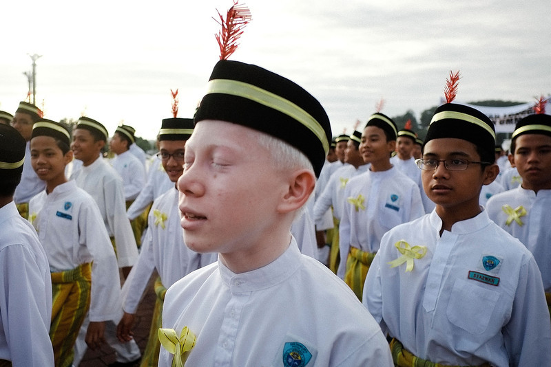 . Students from religious school participates in a parade to celebrate the birth of Prophet Muhammad on January 14, 2014 in Kuala Lumpur, Malaysia. Thousands of Sunni Muslim all over the world celebrate the birth of Prophet Muhammad, believe to be the last prophet on the 12th day of the Islamic month of Rabi\' al-awwal.  (Photo by Rahman Roslan/Getty Images)