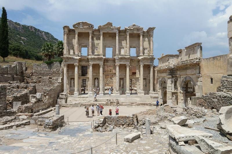 Ephesus-03058.jpg