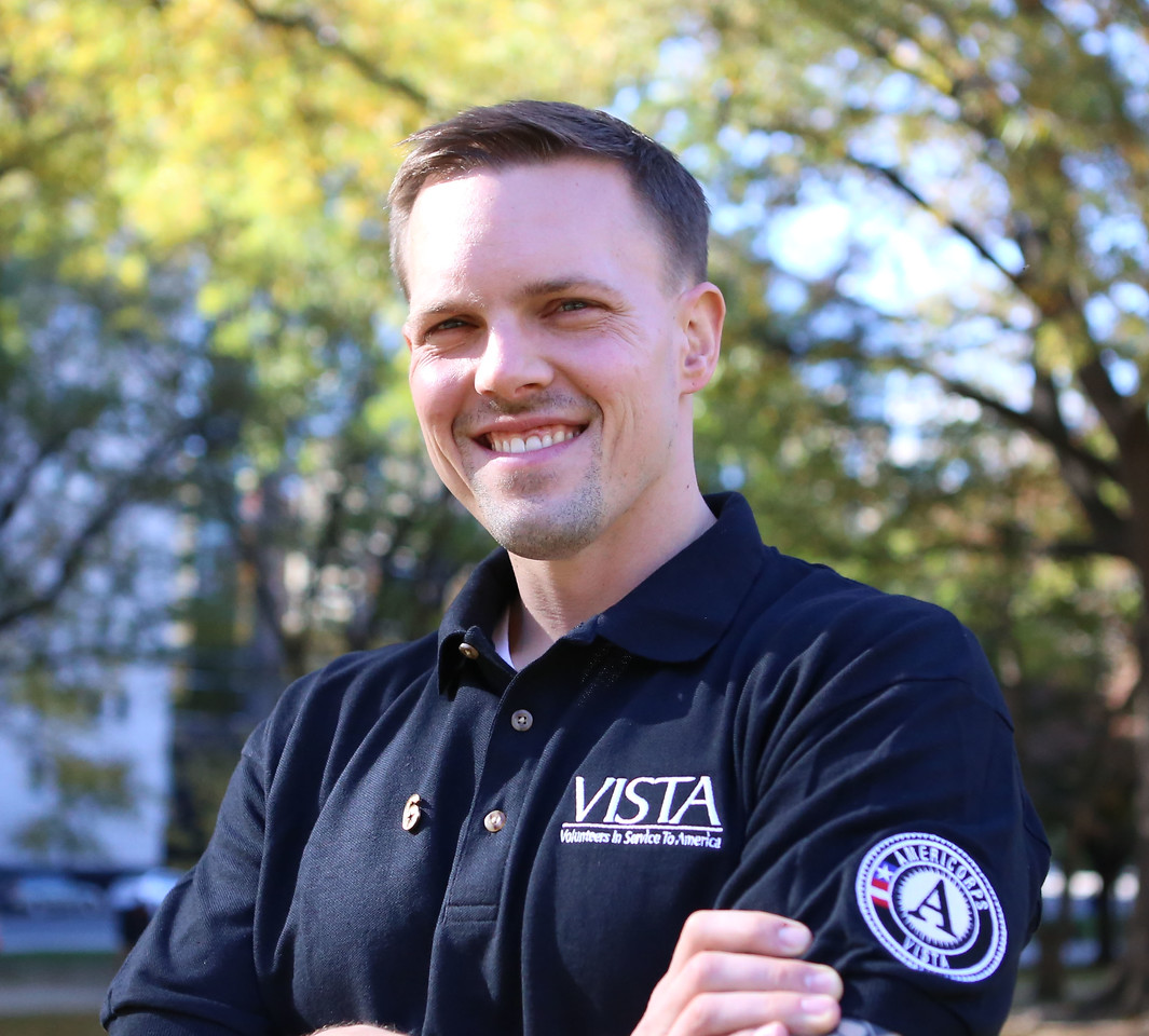 AmeriCorps VISTA member. Corporation for National and Community Service Photo.