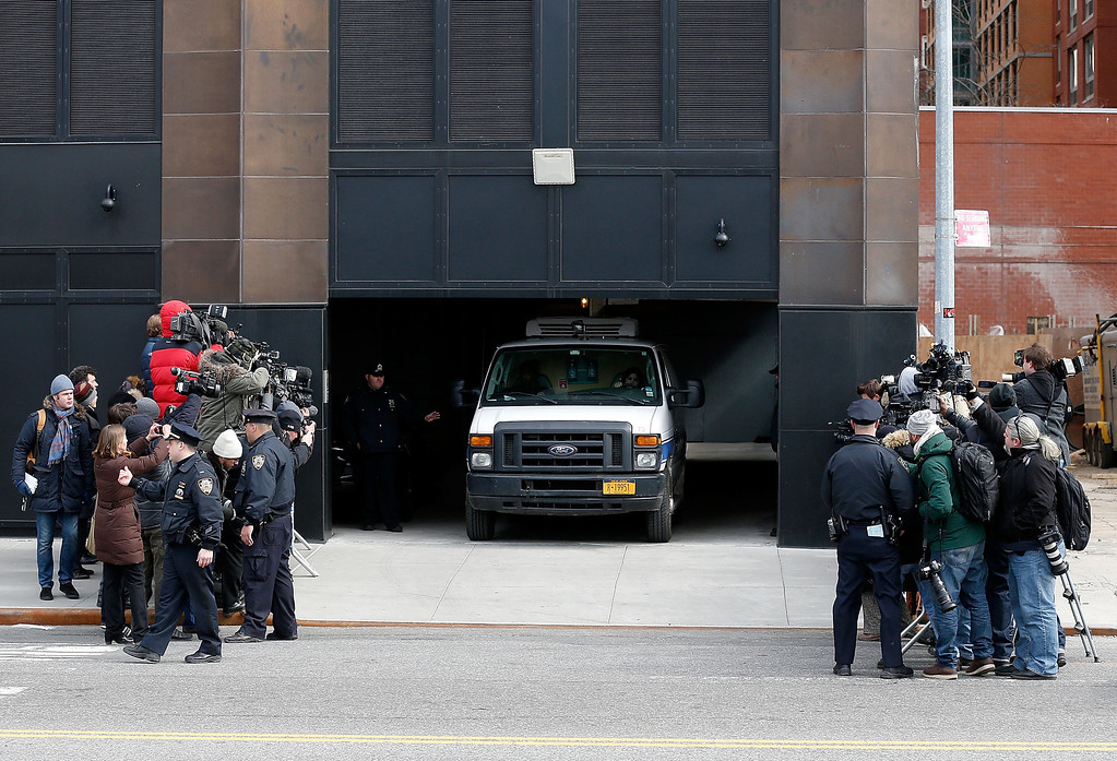 . The medical examiners van departs the  Chelsea apartment building transporting the body of Fashion Designer L\'Wren Scott, who was found dead earlier from an apparent suicide on March 17, 2014 in New York City.  (Photo by Jemal Countess/Getty Images)