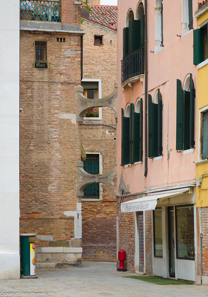 Uploaded - Nothern Italy May 2012 1027.JPG