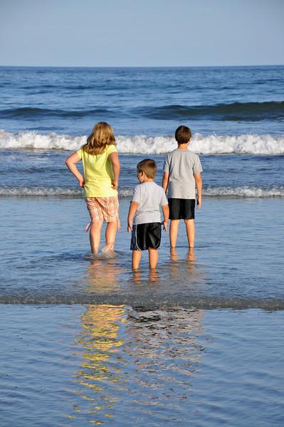 Long Sands Beach - kids 08 - 2010-08-07.jpg
