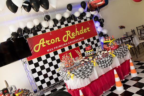 Aron - 1 ano