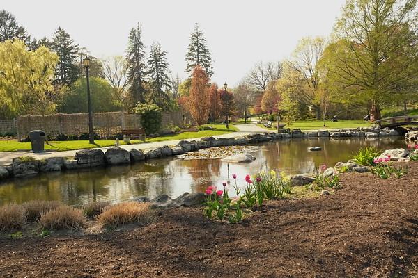 Gairloch Gardens at Lakeshore, Oakville