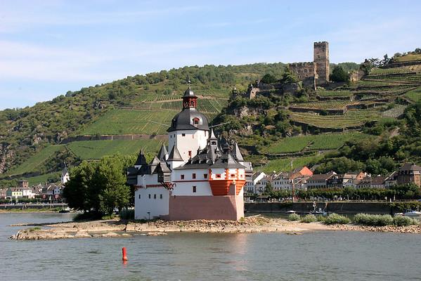 Rhine River Wine Country