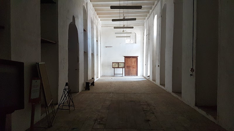 Worst Museum in the World - empty hall