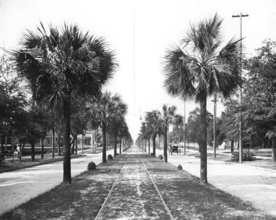 Main-1904.jpg