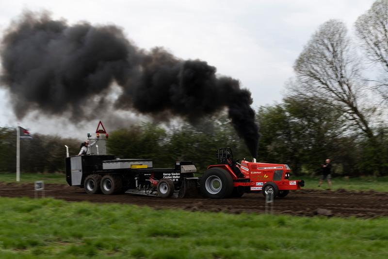 28-04-2018 Tractor træk  069.jpg