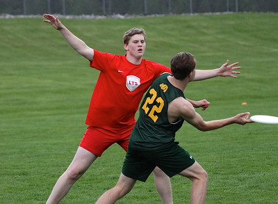LTS Ultimate vs B & B photos by Gary Baker