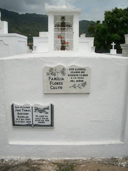 EscazuCentro_Cemetery1h.jpg