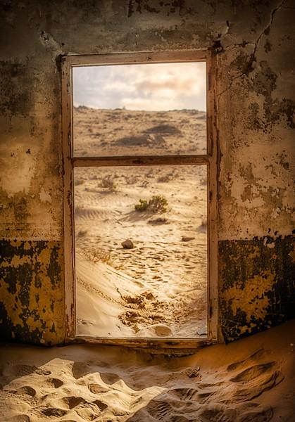 Doorwaytodesert.jpg