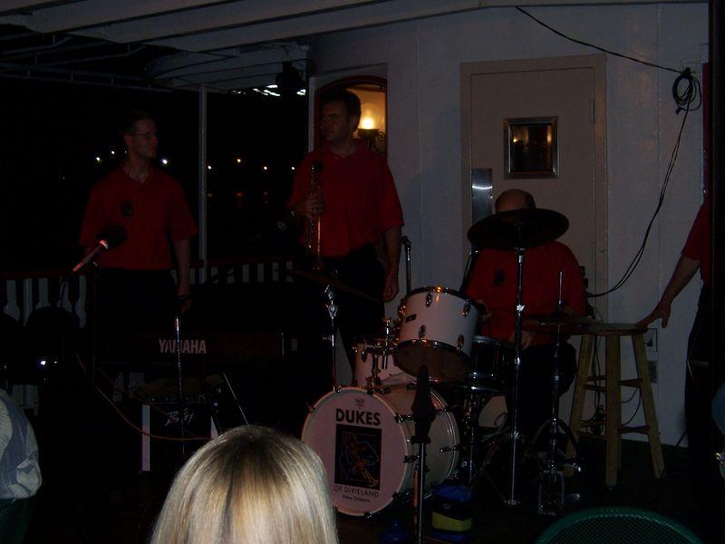 The dixie/jazz band on the cruise.  Swingin!!!
