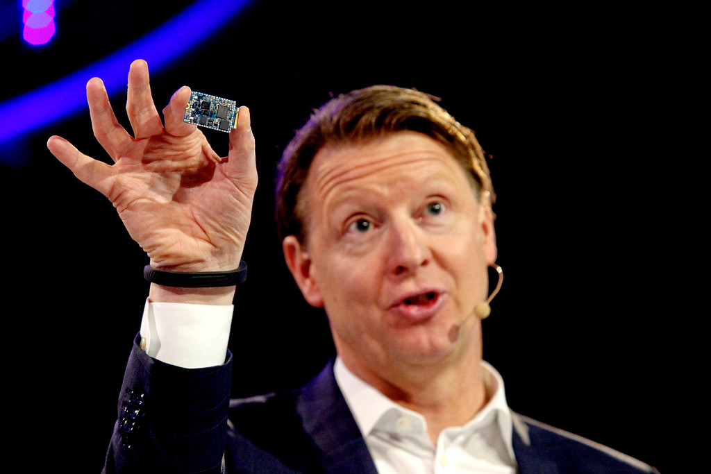 . CEO Ericsson, Hans Vestberg presents the Ericsson modem M7450 during a press conference at the Mobile World Congress in Barcelona, on February 24, 2014.  The Mobile World Congress runs from the 24 to 27 February where participants and visitors alike can attend conferences, network, discover cutting-edge products and technologies at among the 1,700 exhibitors as well as seek industry opportunities and make deals.    PAU BARRENA/AFP/Getty Images
