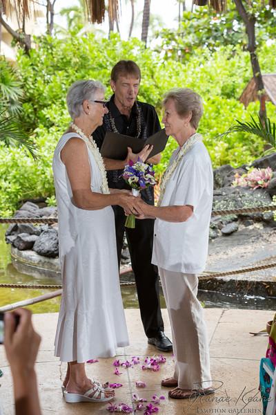038__Hawaii_Destination_Wedding_Photographer_Ranae_Keane_www.EmotionGalleries.com__141018.jpg