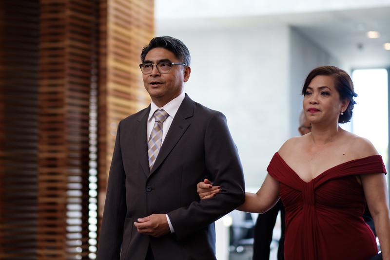 XH1 Michelle and Josh Wedding-6.jpg