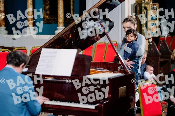 © Bach to Baby 2019_Alejandro Tamagno_Kensington_2019-10-16 025.jpg