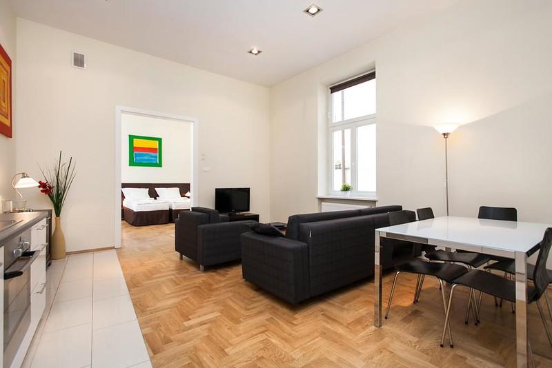 venetian-house-aparthotel-krakow2.jpg