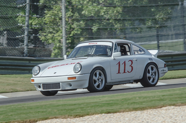 MF 113 White Porsche