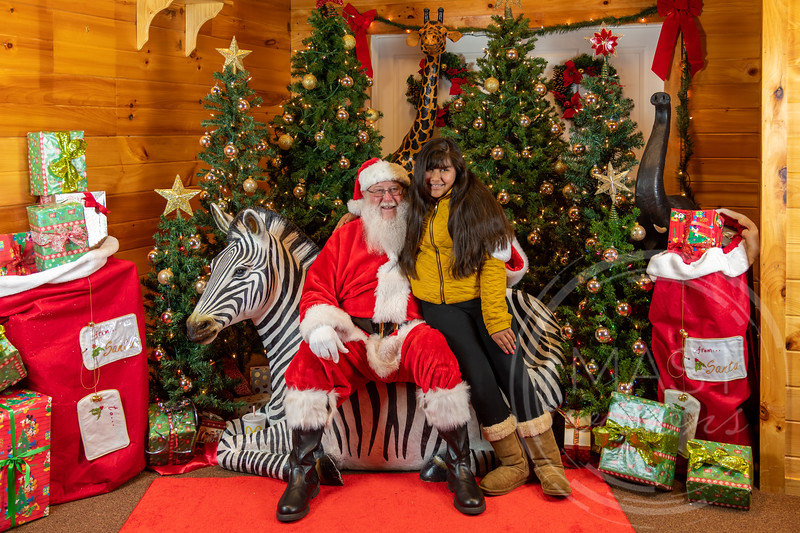 2019-12-01 Santa at the Zoo-7379.jpg