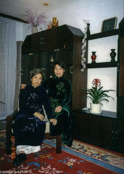 Ba Tan Visit 90s 39.jpg