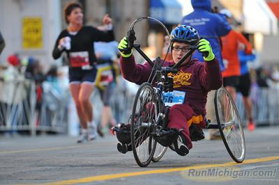 Marathon Finish, Gallery 3 - 2013 Detroit Free Press Marathon