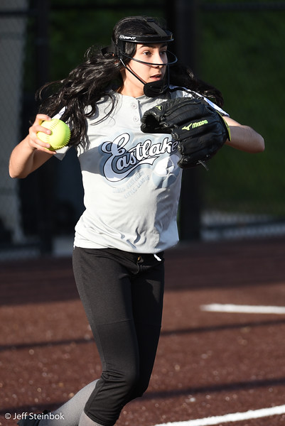 Softball - 2019-05-13 - ELL White Sox vs Sammamish (26 of 61).jpg