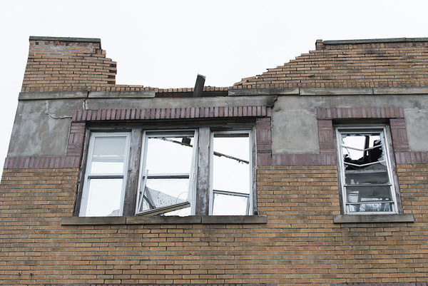 06/25/19 Wesley Bunnell   Staff A fire broke out at a three floor residence at 39 South Whiting St in New Britain on Monday June 24, 2019 at approximately 8pm with firefighters on the scene until approximately 4am Tuesday morning. A front facing third floor window is shown with no roof.