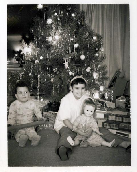 1960 Kris and Teri.jpeg