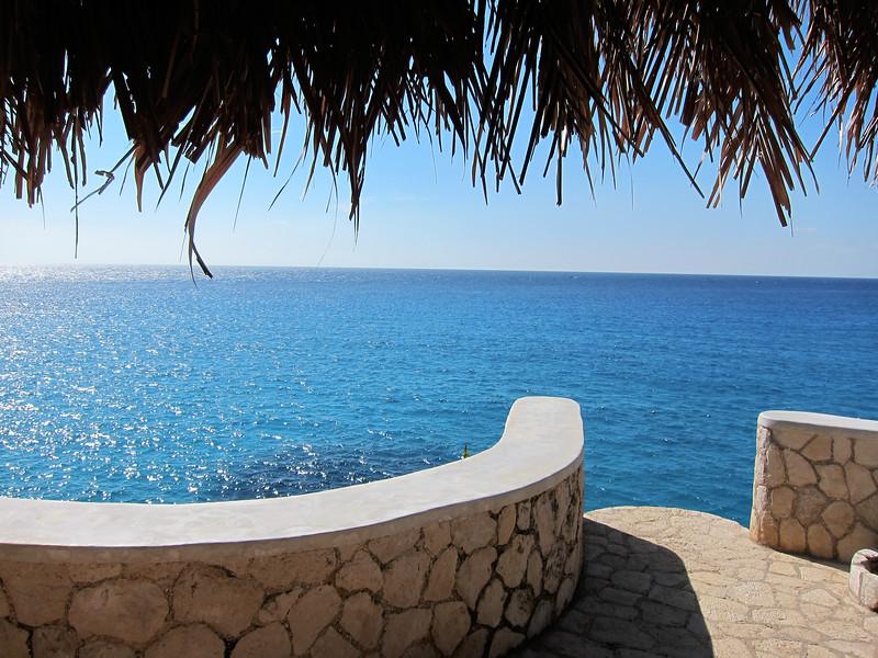 Morning Lounge View of Horizon