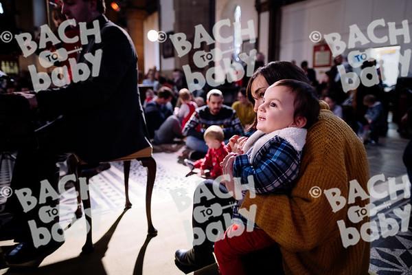 © Bach to Baby 2018_Alejandro Tamagno_Victoria Park_2018-12-12 030.jpg