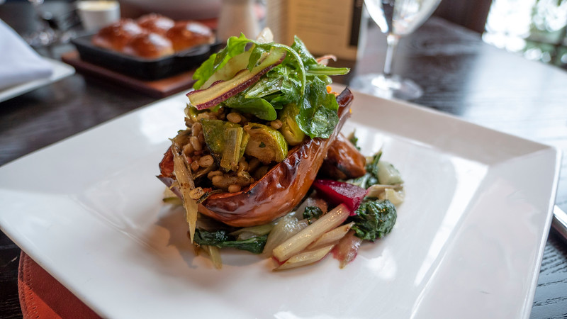 New-York-Dutchess-County-Hyde-Park-Culinary-Institute-of-America-Restaurant-American-Bounty-02.jpg