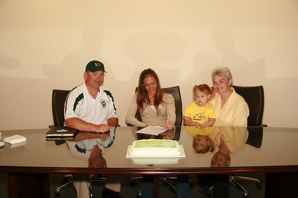 JONES SIGNS LETTER OF INTENT