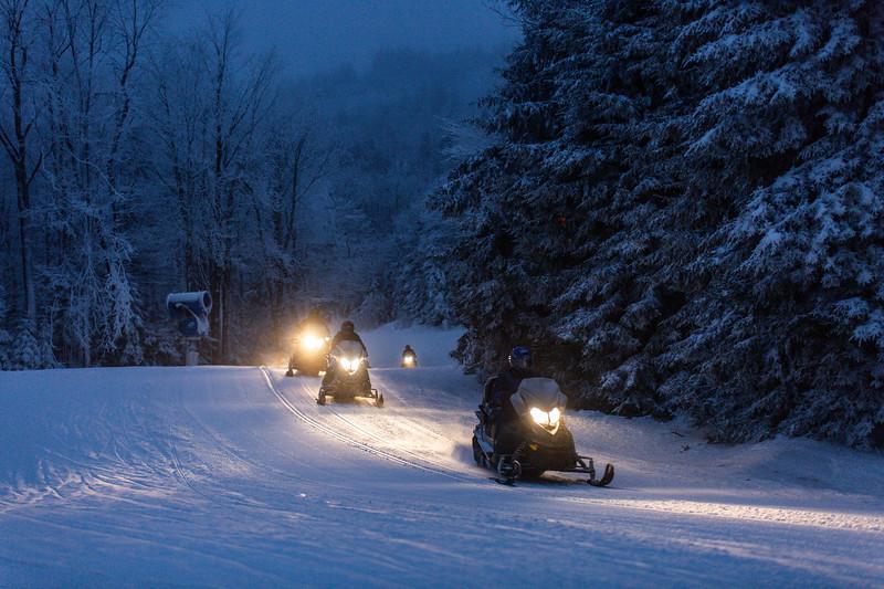2020-01-27_SN_KS_Snowmobiles-0114.jpg