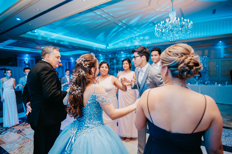 First Dance Images-140.jpg