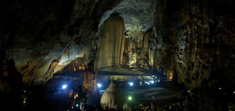 2011-01-03_paradise_cave_copyright_David_Brewster_2011-01-03_2331_DJB_rights_reserved.jpg