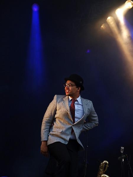 Ben l´Oncle Soul Bevrijdingsfestival Groningen 05-05-11 (16) .jpg