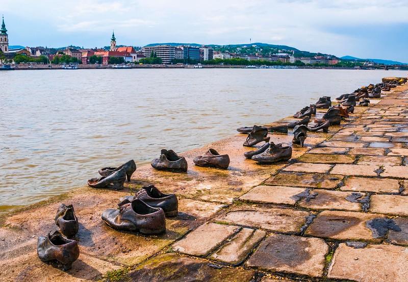 Budapest_Memorial-2.jpg