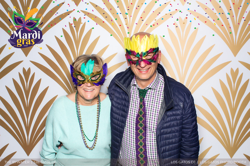 LOS GATOS DJ - The Bywater's Mardi Gras 2021 Photo Booth Photos (confetti overlay) (5 of 29).jpg