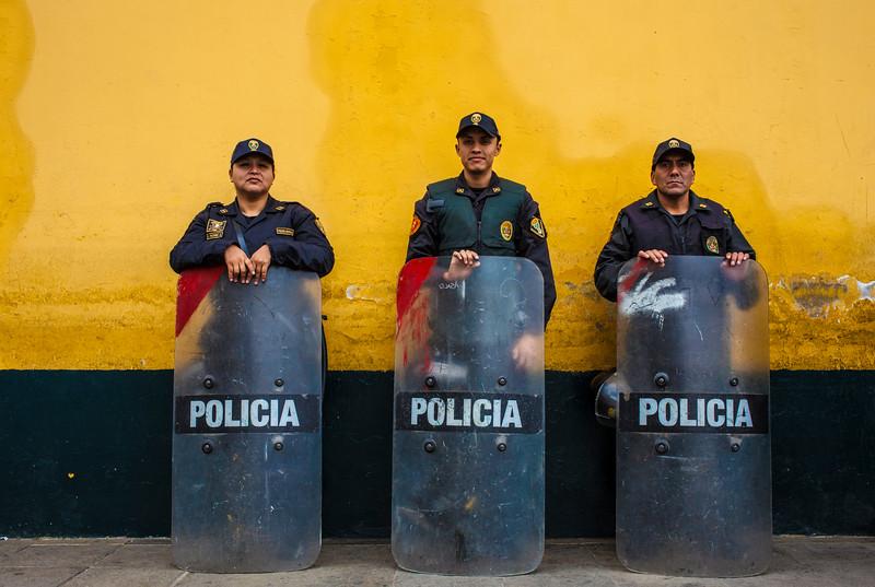policia (1 di 1).jpg