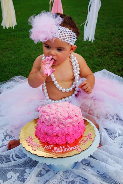 Skylar sin cake II.jpg