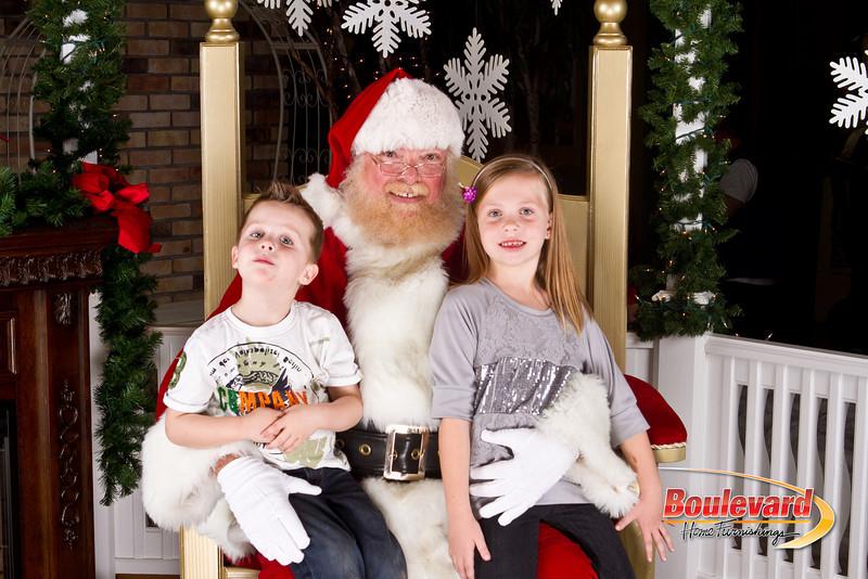 Santa Dec 8-165.jpg