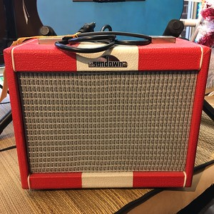 Rover 15 Red Guitar Amp, Used
