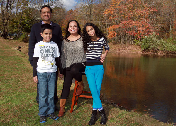Mausoof Family - 2013