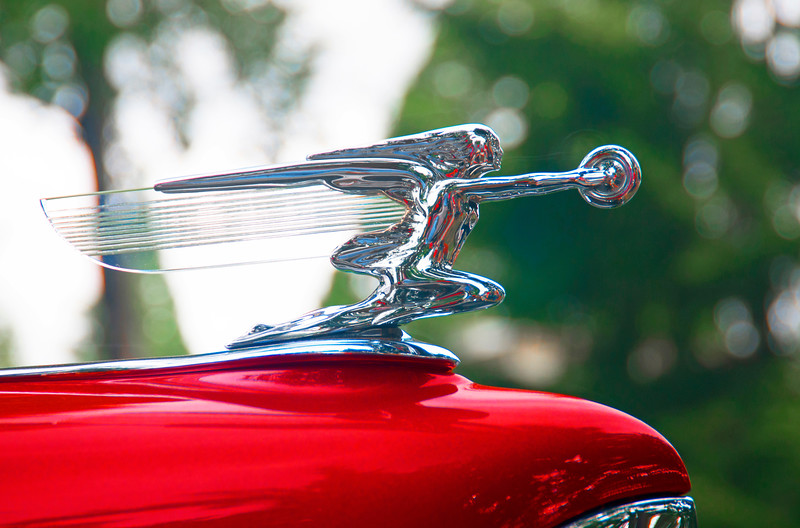 1940 Packard clear hood ornament